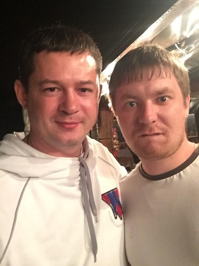 2016-05-20 22:28:08: ПеньСТопороМ (слева) и keks_r (справа)